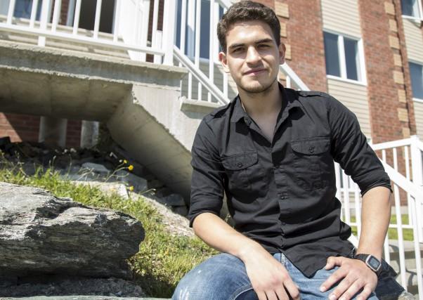 Un étudiant du Cégep de Sherbrooke, Jhon Carvajal,... (Spectre Média, Marie-Lou Béland)
