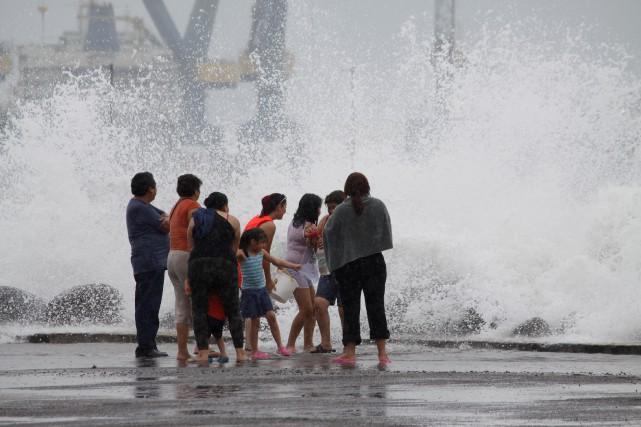 Des pluies torrentielles devraient accompagner l'ouragan Franklin, notamment... (Photo Victor Yanez, REUTERS)