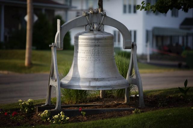 La cloche dérobée pèse 2000 livres.... (Denis Baribault)
