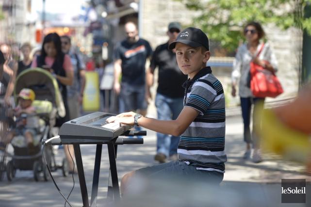 Même s'il joue du piano depuis l'âge de... (Le Soleil, Yan Doublet)