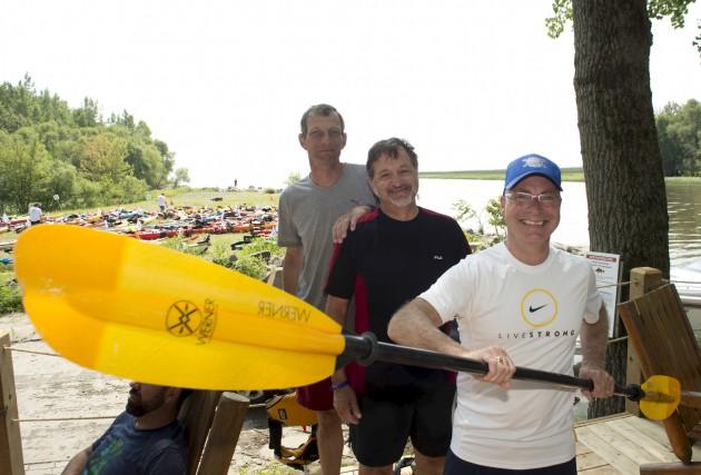 Les 90 kayakistes du Défi kayak Desgagnés Montréal-Québec... (Sylvain Mayer)