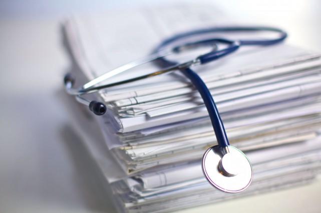 Le surdiagnostic est une réalité qui coûte cher... (123RF)