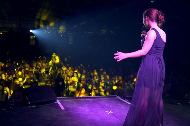 Grand concours national, le Festival de la chanson de Saint-Ambroise se... (Courtoisie, Télé-Québec Saguenay-Lac-St-Jean)
