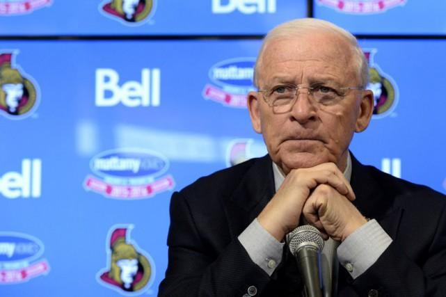 Bryan Murray « maniait le sarcasme comme une... (Archives La Presse canadienne, Justin Tang)