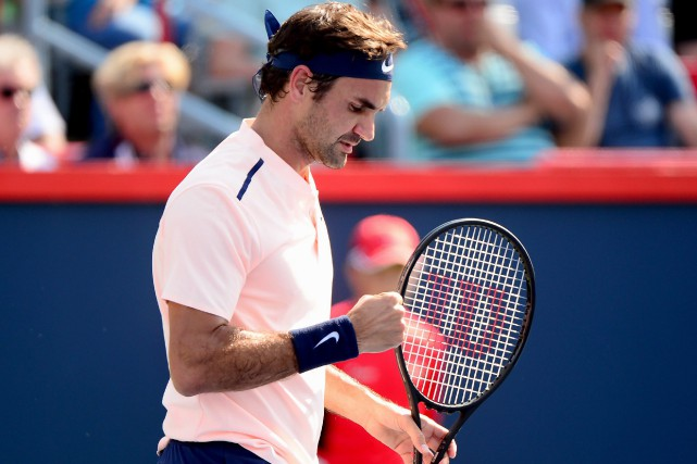 Roger Federer a battu Robin Haase en deux... (Photo La Presse canadienne)
