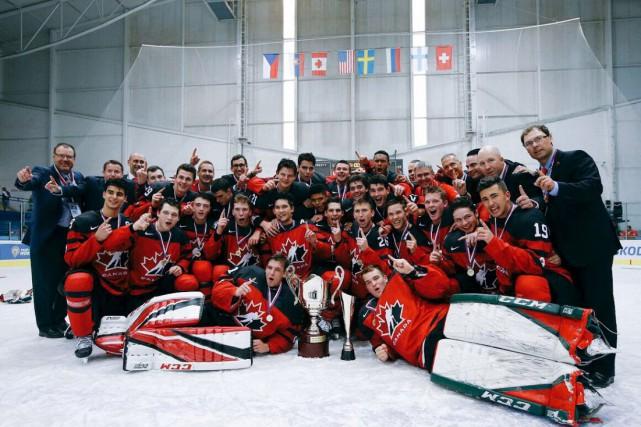 L'équipe canadienne a remporté un neuvième titre en... (Courtoisie, Hockey Canada)