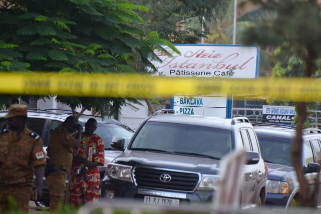 En tout, 18 personnes sont mortes lors de... (Photo Ahmed OUOBA, Agence France-Presse)