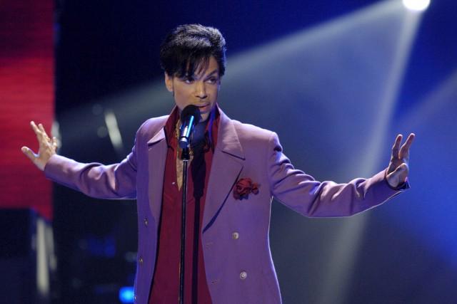 Prince a fait une apparition surprise à l'émission... (ARCHIVES REUTERS)