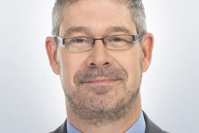 Stéphane Reynolds a reçu la distinction d'Avocat émérite... (Photo fournie)