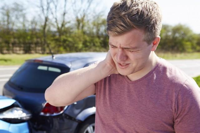 Les gens pensent que le whiplash arrive seulement après un accident de... (123 rf)