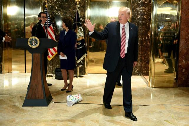 Donald Trump s'en est pris aux patrons qui... (AFP, Jim Watson)