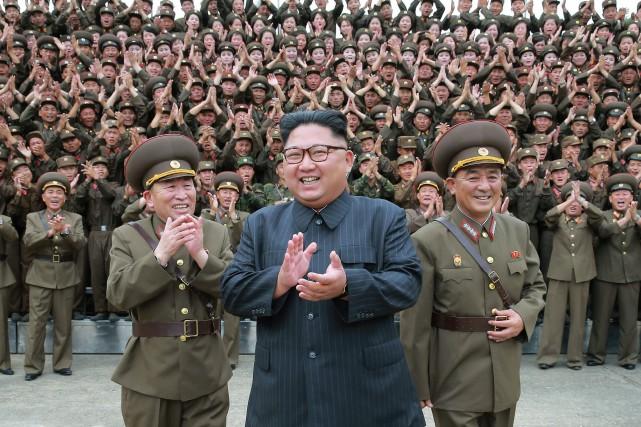 Avant de donner l'ordre d'un lancement de missiles,... (ARCHIVES AP)