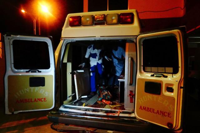 Plus de 80 blessés ont été conduits à... (PHOTO AFP)