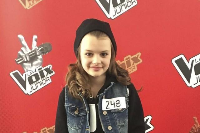 La jeune chanteuse granbyenne Sydney Lallier... (tirée de Facebook)