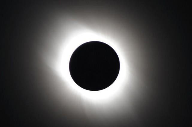 Une éclipse solaire.... (Photo Archives AFP)