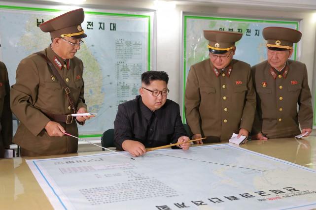 Mardi, Kim Jong-Un a affirmé qu'il allait «observer... (AFP)
