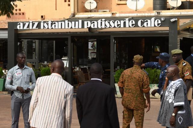 Pour les autorités, l'attaque peut être liée à... (PHOTO SIA KAMBOU, AFP)
