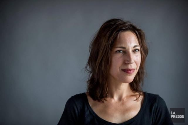 La dramaturge montréalaise Evelyne de la Chenelière... (Photo Marco Campanozzi, archives La Presse)