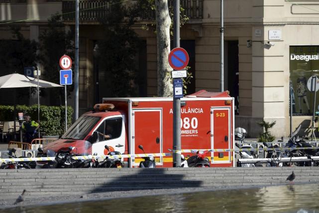La police de Barcelone affirme qu'il y aurait... (Photo Josep Lago, Agence France-Presse)