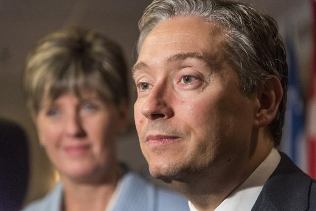 François-Philippe Champagne, ministre du Commerce international et Marie-Claude... (Spectre Média, Frédéric Côté)