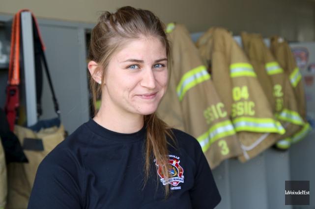 La pompière Vanessa Massé marquera l'histoire du Service... (Janick Marois, La Voix de l'Est)