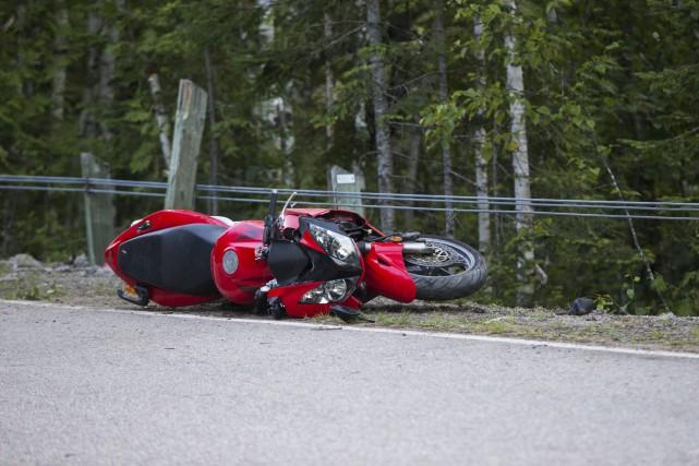 Un motocycliste a perdu la vie dans le... (Olivier Croteau)