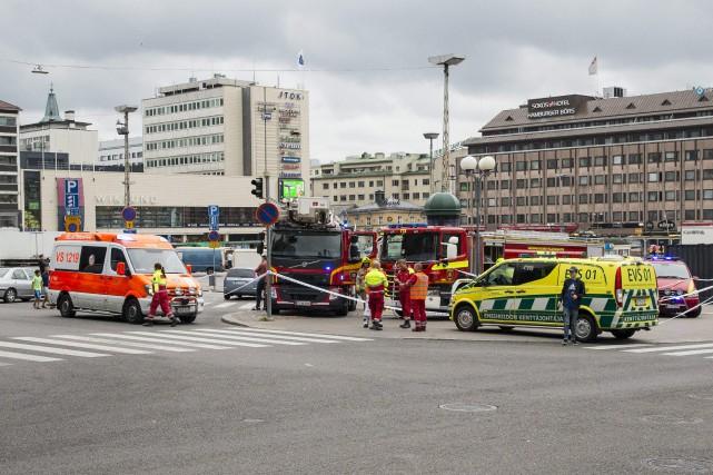 Deux personnes sont mortes et six autres ont été blessées, vendredi, après... (AFP)