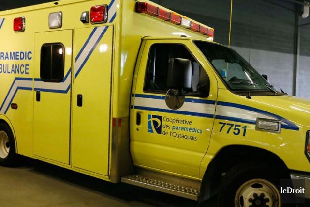 Deux travailleurs ont subi des blessures plus sérieuses.... (Archives, Le Droit)
