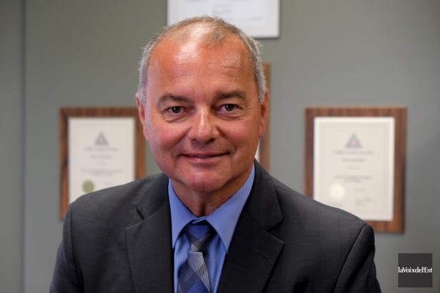 Le directeur du Service de police de Granby,... (Alain Dion, La Voix de l'Est)