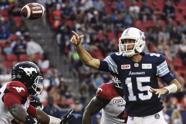Samedi, la défensive des Alouettes devra composer avec... (Archives La Presse canadienne, Nathan Denette)