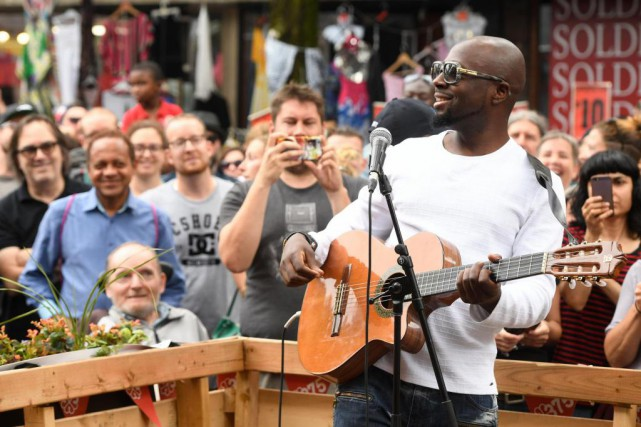 Le chanteur Wyclef Jean a offert un spectacle-surprise... (PHOTO BERNARD BRAULT, LA PRESSE)