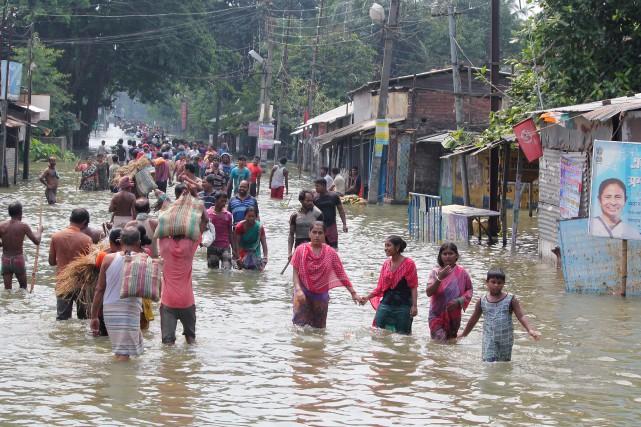 Au moins 122 personnes ont péri dans les... (AFP)