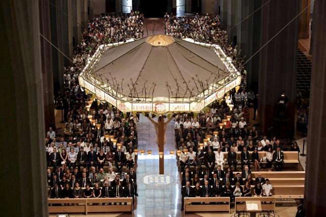 Près de 2000 personnes ont assisté à la... (AFP, Javier Soriano)