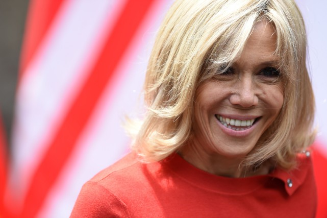Brigitte Macron... (Photo Filippo Monteforte, archives Agence France-Presse)