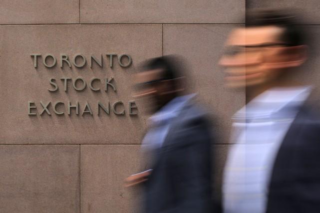 Une forte baisse du cours du pétrole brut n'a pas empêché la Bourse de Toronto... (Photo Chris Helgren, Archives Reuters)