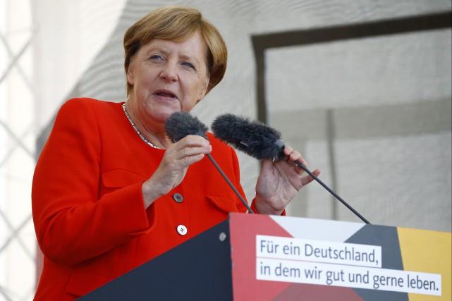 La chancelière Angela Merkel, en campagne électorale pour... (photo : REUTERS)