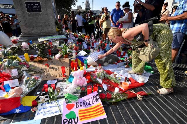Barcelone a été la cible des terroristes s'identifiant... (AFP)