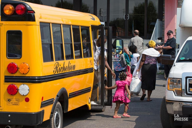 Malgré la diminution du nombre de demandeurs d'asile... (PHOTO ROBERT SKINNER, LA PRESSE)
