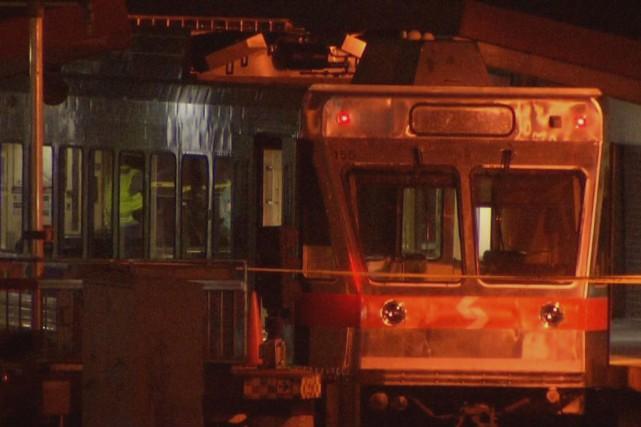 Quarante-deux personnes ont été blessées dans une collision ferroviaire tôt... (Photo Twitter)