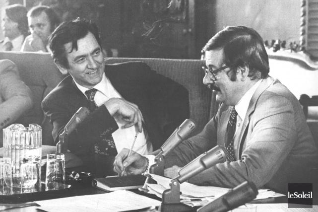 Camille Laurin et Jean-Guy Cardinal lors de la... (Archives, Le Soleil)
