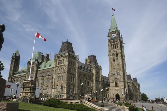 Les deux partis fédéraux quitteront le Parlement d'Ottawa... (Archives, La Presse)