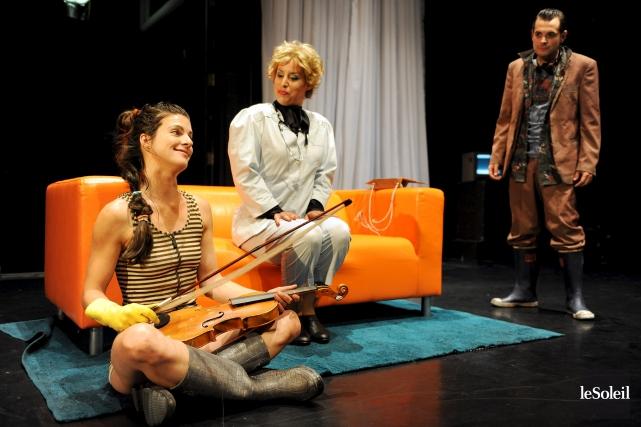 La pièce Ines Pérée et Inat Tendu a... (Photothèque Le Soleil, Erick Labbé)