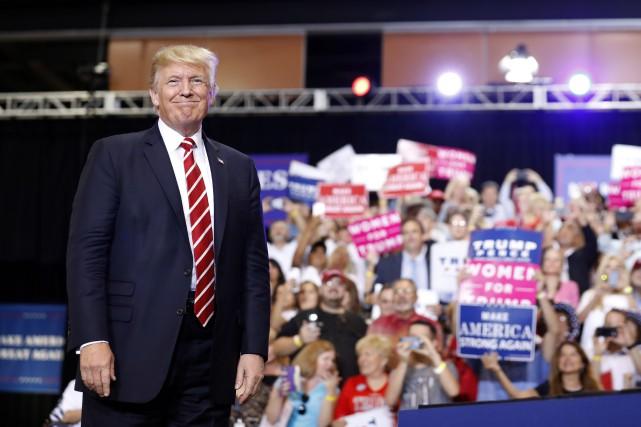 Donald Trump a proncé un discours d'environ une... (PHOTO AP)