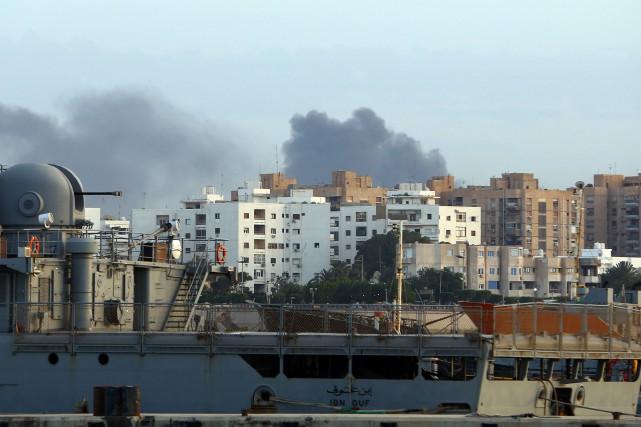 La Libye est déchirée par des conflits entre... (AFP)