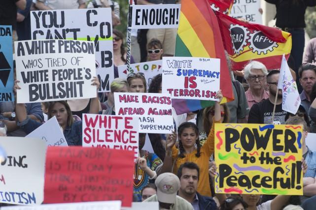 La manifestation avait pour but de dénoncer les... (Photo Adrian Wyld, archives PC)