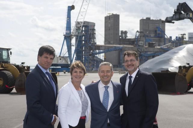 L'inauguration du terminal 13 du Port de Trois-Rivières... (Stéphane Lessard)