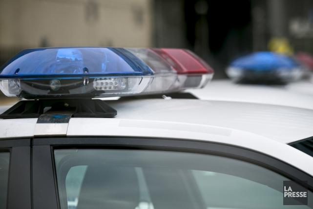La poursuite policière s'est poursuivie pendant quelques kilomètres.... (archives La Presse)