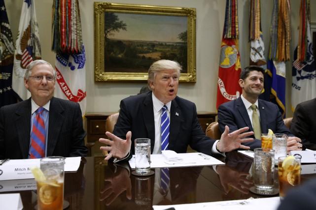 Jeudi, le président Donald Trump s'en prenait à... (PHOTO AP)