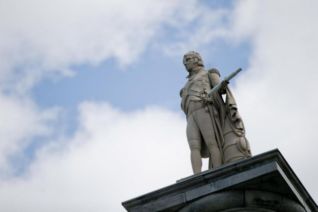 Une statue d'Horatio Nelson se trouve au sommet... (Photo David Boily, La Presse)