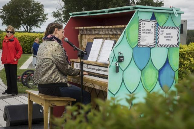 Pianos publics au diapason